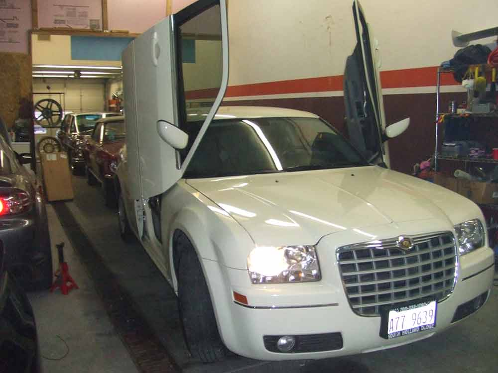2006 Chrysler 300C Lambo doors