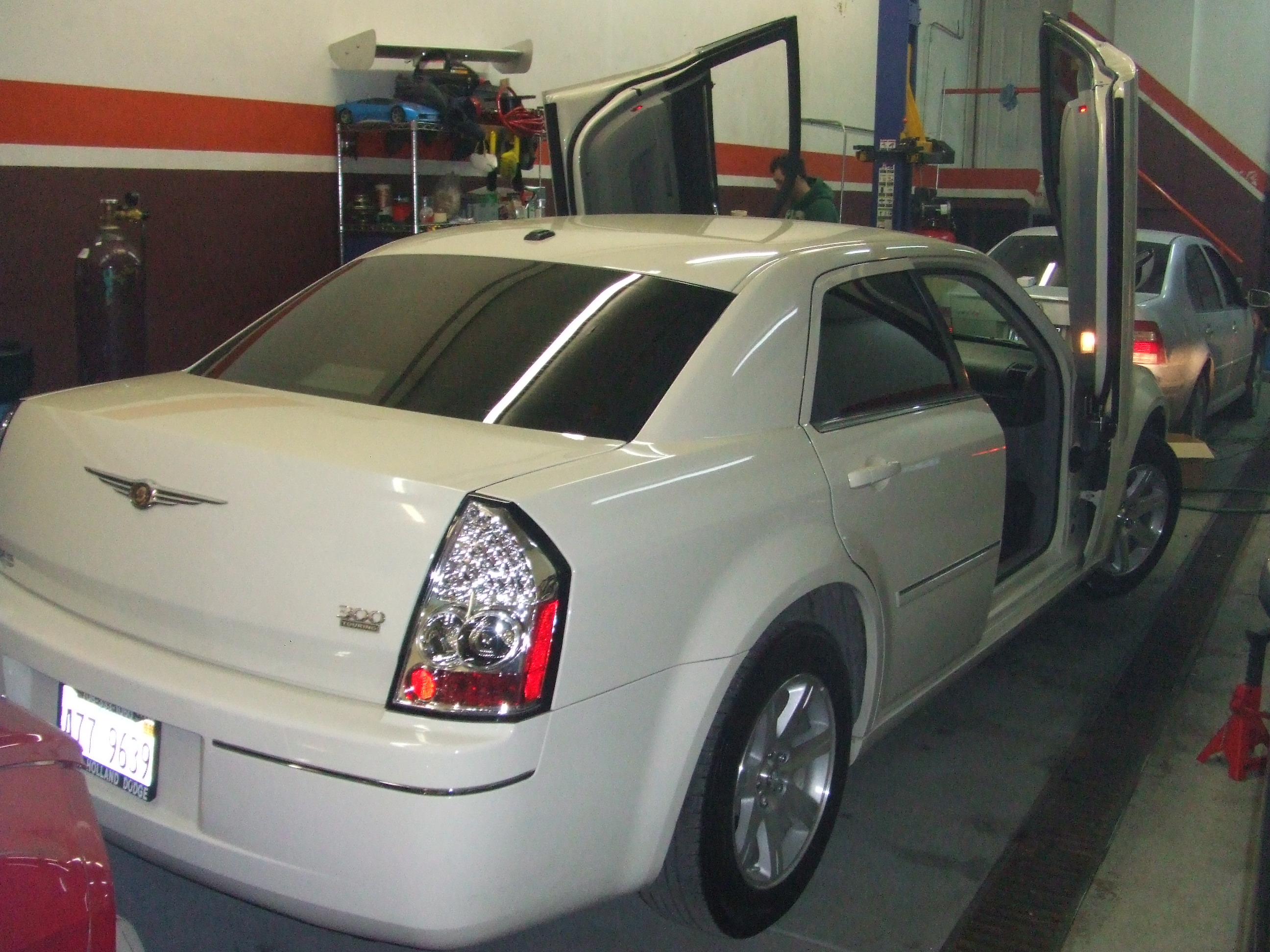 Collision Repair Center >> 2006 Chrysler 300C Lambo doors